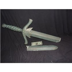 UNDERDOG STATUE SWORD SCREEN USED NO RESERVE!