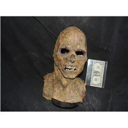 DANCE OF THE DEAD SCREAN USED ROTTEN ZOMBIE FULL HEAD MASK 1
