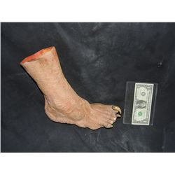 BUFFY THE VAMPIRE SLAYER SCREEN USED WEARABLE DEMON CREATURE FOOT