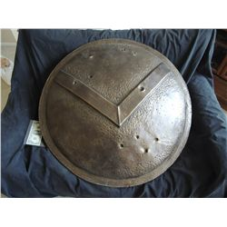 300 SPARTAN BATTLE DAMAGED SHIELD USED AT SET PIECE