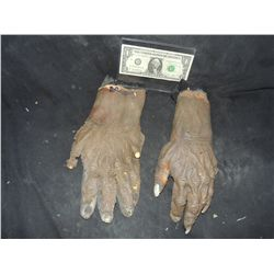 300 SCREEN USED IMMORTAL HANDS