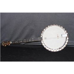 4 STRING REMCO VAGA BANJO - MINT CONDITION IN ORIGINAL