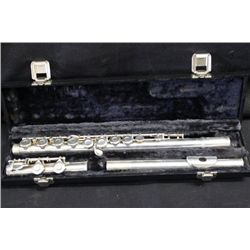 SOLID SILVER GEMINHARDT FLUTE IN EXCELLENT CONDITION
