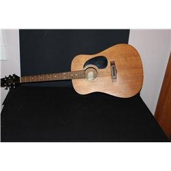 ACOUSTIC GUITAR BY VANTAGE SIX STRING GOOD CONDITION
