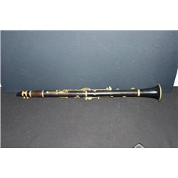 EXCELLENT CLARINET MADE IN ITALY FOR CARL FISCHER, N.Y.