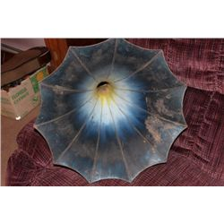 BLUE MORNING GLORY HORN IN GOOD CONDITION FULL-SIZE 32