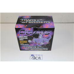 TRANSFORMER CYCLONUS, PORCELAIN  BUST NEW IN BOX 434/1000