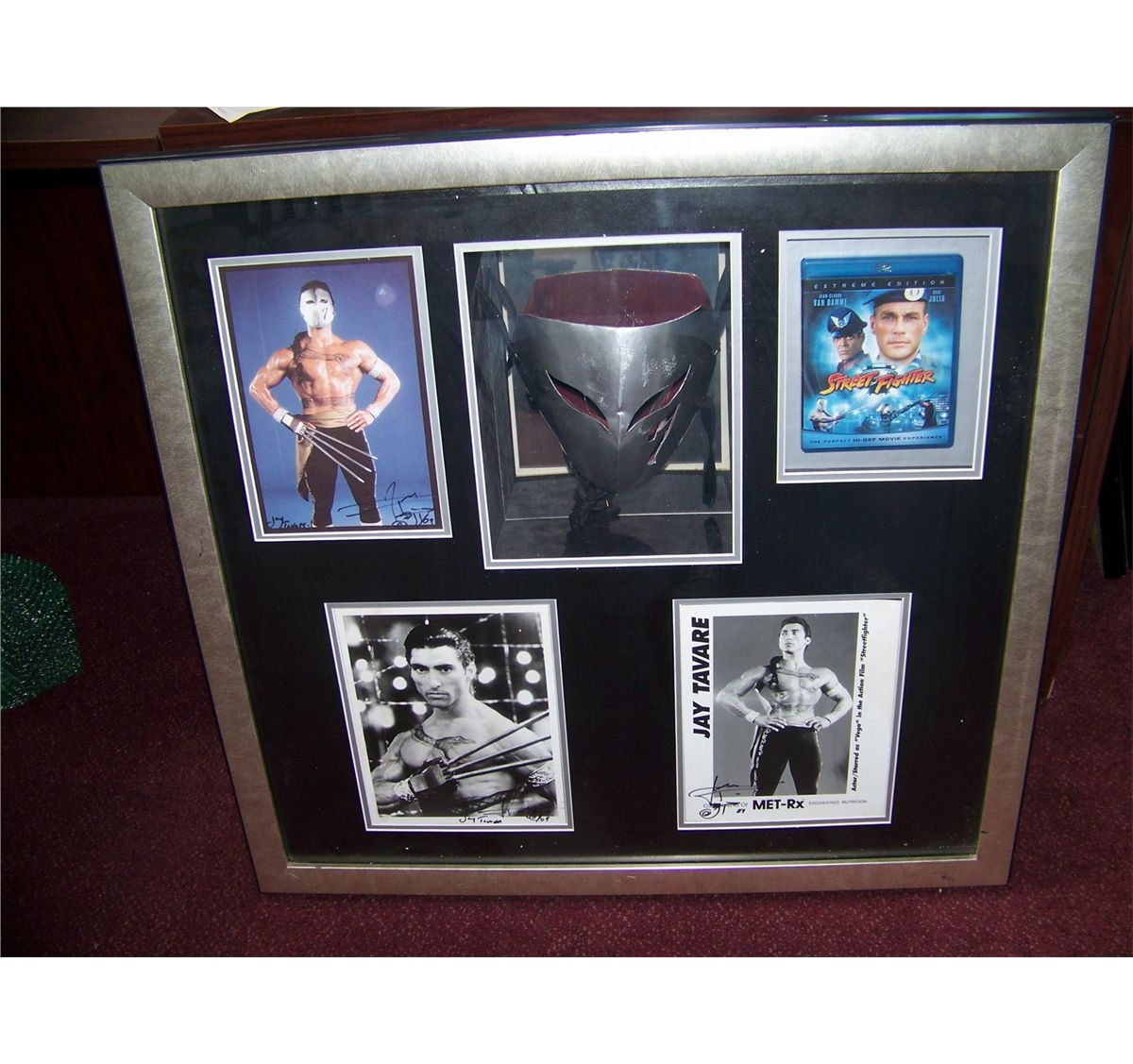Screen Used Vega Mask From Street Fighter 1994 Movie Mask Glossy Photos Signed By Actor Jay Tavare