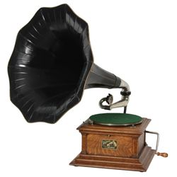 Victor Type III Oak Phonograph