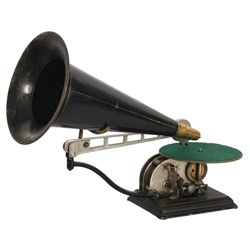 National Phono. Co. Disc Phonograph