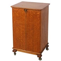Oak 2 Door Cylinder Record Cabinet