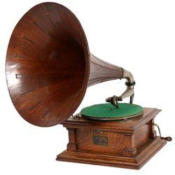Oak Victor Type V Phonograph