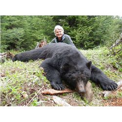 5-day 1x1 Vancouver Island Black Bear Hunt for One Hunter - Includes Trophy Fee
