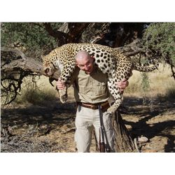 12-Day Leopard Hunt for One Hunter in Namibia - Includes Trophy Fee