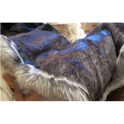 Mahogany Dyed Beaver Blanket with Pearl Fox Trim