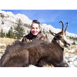 2-Day Balkan Chamois Hunt for One Hunter and One Non-Hunter in Croatia - Includes Trophy Fee