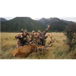 6-Day Red Stag Hunt for One Hunter and One Non-Hunter in New Zealand - Includes Trophy Fee