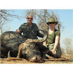 10-Day Cape Buffalo Hunt for One Hunter in Zimbabwe - Includes Trophy Fee