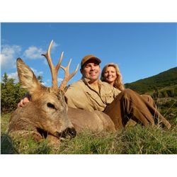3-Day Roe Deer Hunt & 1-Day Wine Tasting & Sightseeing in Barcelona for 1 Hunter and 1 Observ