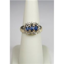 Dazzling 14 Karat Yellow Gold Ladies Ring