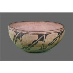 Southwest Polychrome Olla Large Pottery , Native