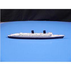 HME QUEEN ELIZABETH SHIP-CAST METAL BY TRI-ANG/ENGLAND