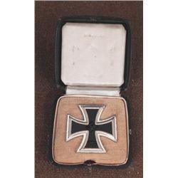 NAZI CASED IRON CROSS 1ST CLASS-MAKER 15 ORIG-MAGNETIC