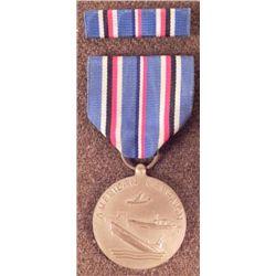 US WWII AMERICAN CAMPAIGN AWARD RIBBON BAR PINBACK