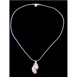 LOVELY CERTIFD MALUKU ISLANDS SALT WATER PEARL PENDANT