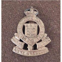 WWII BRITISH ROYAL CORPS ARMY ORDNANCE REG CAP BADGE