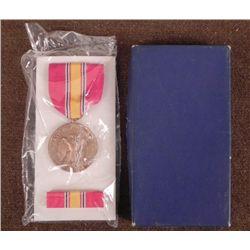U,S, NATIONAL DEFENSE SERVICE MEDAL & BAR IN BOX