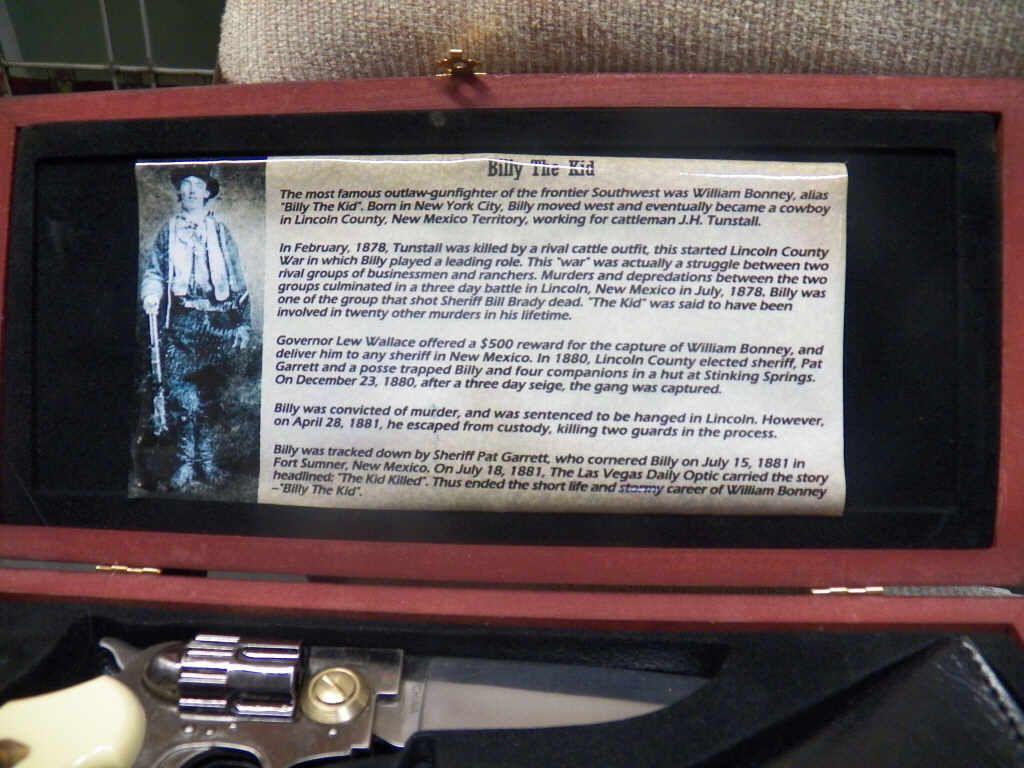 Billy the Kid Gun Pocket Knife