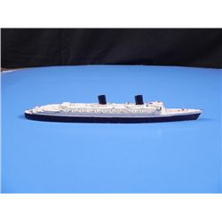 HME QUEEN ELIZABETH SHIP-CAST METAL BY TRI-ANG/ENGLAND
