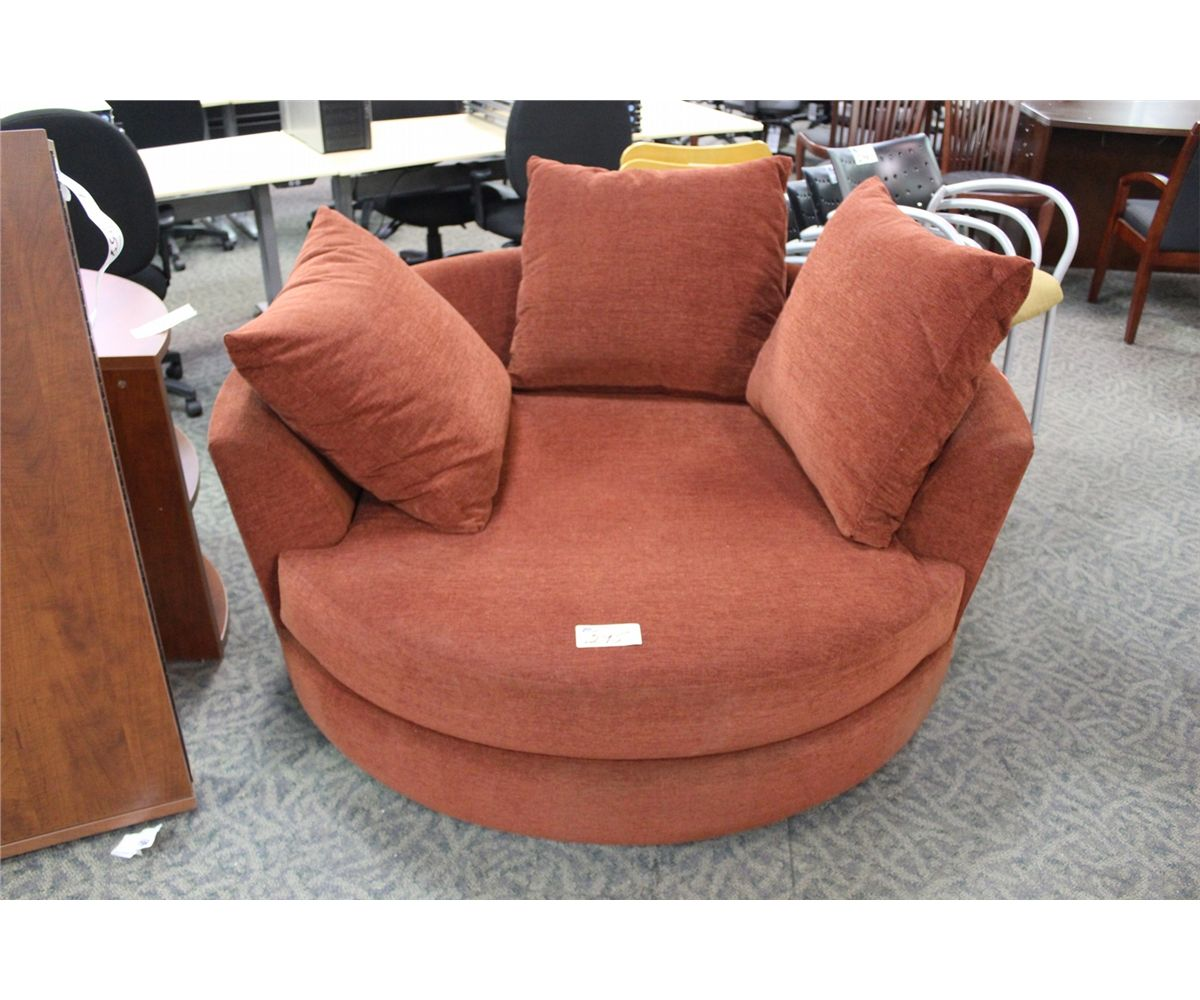 Large Round Swivel Love Making Chair