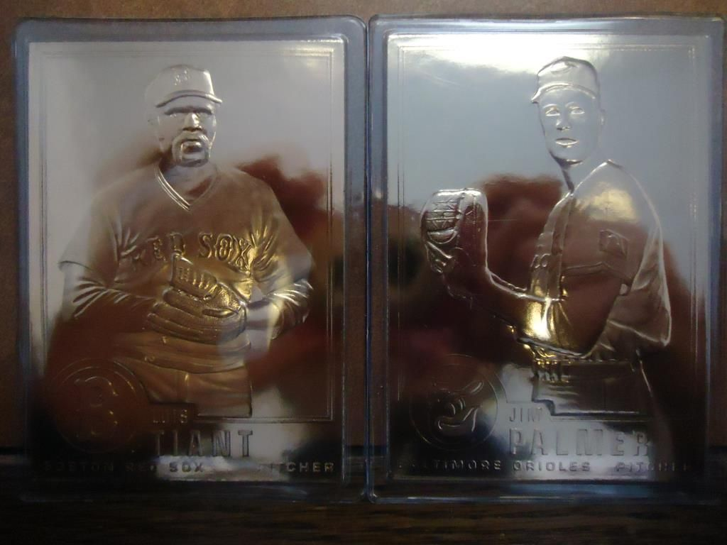 Jim Palmer And Luis Tiant 22kt Gold Baseball Cards
