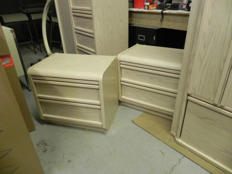 5 Pc Palliser Bedroom Set W 2 Dressers Nightstands