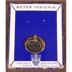 MEYER WWII WE SHALL DEFEND DISTINCTIVE INSIGNIA ON CARD