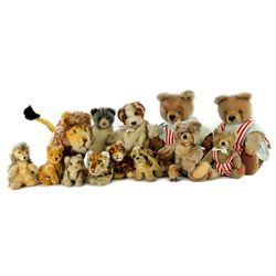 Large Collection of 14 Vintage Steiff Animals