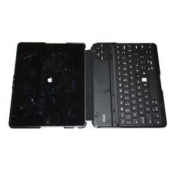 32 gig Ipad 2 with keyboard