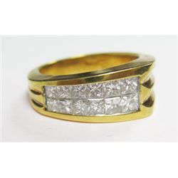 18k Yellow Gold Ring w/ Princess Cut Diamonds - 12 princess cut diamonds, TAW: 1 carat. Estimate: VS