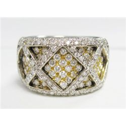 18k Yellow & White Gold Ring w/ Round Brilliant Cut Diamonds - Approx. 2.5 carats of round brilliant