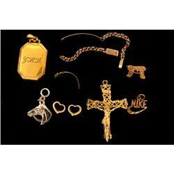 Assorted Jewelry: 10kt & 14kt scrap, 1.8 grams; (6) pieces assorted costume