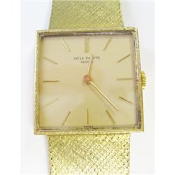 18k Yellow Gold Patek Philippe Watch - 25mm, crystal sapphire, gold stick dial, 18k Yellow gold gene