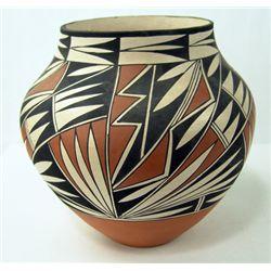 Acoma Pottery Jar - Victorino