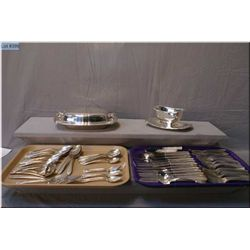 A large selection of Daffodil pattern silver plate  flatware including knives, forks, teaspoons, tab