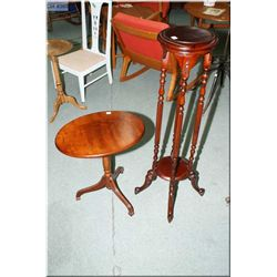 Tall mahogany fern/statuary stand and a small single pedestal tilt top table