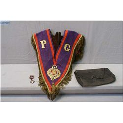 A vintage Manchester Unity of Odd Fellows regalia metal fringed collar with pin and leather pouch