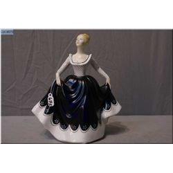 "Royal Doulton figurine ""Lisa"" HN2310"