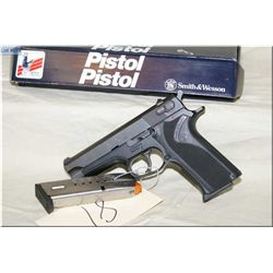 Smith & Wesson mod 915 .9 mm 10 shot semi auto Pistol, w/102 mm bbl [ appear excellent, test fired w