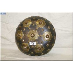 "Scottish Small Wooden Shield ""Targe"", decorated with embossed brass stars & circles, great decorativ"